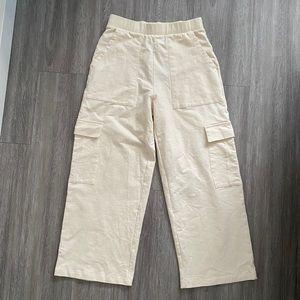 Pull & Bear off white pants